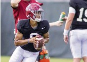 ?? VASHA HUNT AP ?? Despite his inexperience, Alabama quarterback Bryce Young is already one of the betting favorites to win the Heisman Trophy.