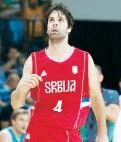 ??  ?? Milos Teodosic lució con 22 puntos por Serbia.