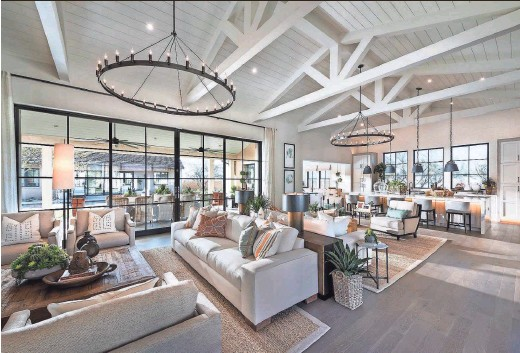 ?? MARK BOISCLAIR ?? Phoenix-based Camelot Homes has won a national honor for constructing the best home of the year.