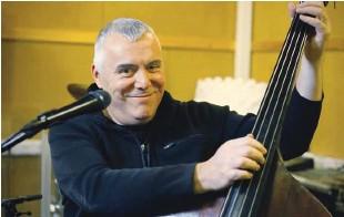 ?? Foto Leon Vidic ?? »Glasbeni posel bo razdeljen na umetnost in kulturo ter na glasbeno opremo prostorov in množično zabavo,« pravi Zoran Predin.