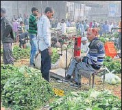 ?? HT/FILE ?? Food prices rose 1.93% in March, slower than a 2.01% annual increase a month earlier