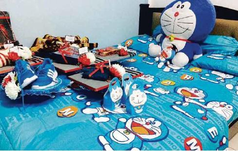 Bilik Pengantin Turut Dihiasi Dengan Tema Robot Kuching Doraemon