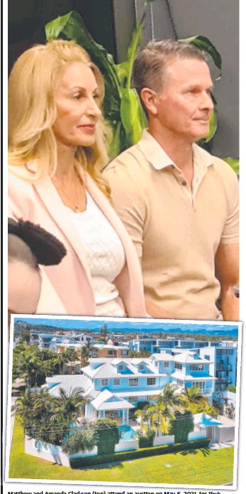 ??  ?? Matthew and Amanda Clarkson (top) attend an auction on May 6, 2021, for their property at 38 Seashell Ave, Mermaid Beach (above).
