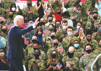 ?? KEVIN LAMARQUE/REUTERS ?? As President Biden spoke to U.S. troops at a British base Wednesday, news broke that Russia had barred a jailed dissident's political movement, showing Vladimir Putin's resistance to foreign pressure.