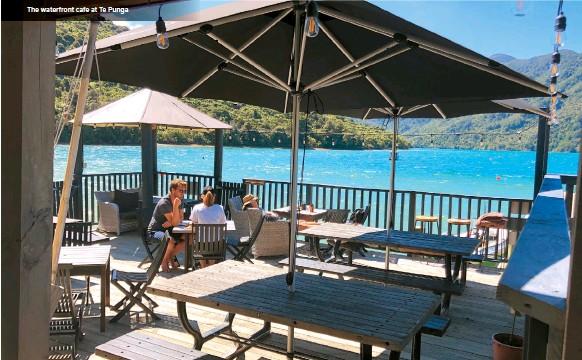 ??  ?? The waterfront cafe at Te Punga