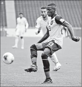 ?? TOMADO DE LA FEF ?? El volante Moisés Caicedo fue la figura de Independiente y de la Selección en el 2020.