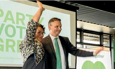 ?? PHOTO: LUZ ZUNIGA/STUFF ?? Hands up if you are a welfare fraudster.