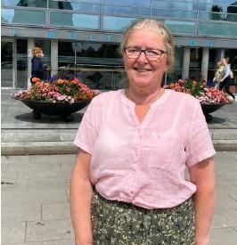 ?? FOTO: SINDRE HAUGEN MEHL ?? KLAR TALE: Leder Milly Grundesen (Sp) i kommuneplanutvalget vil ikke vaere med på at Pellebrygga er uegnet. – Det naturlige møtepunktet, sier hun.