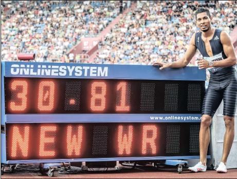 ?? Picture: EPA ?? OSTRAVA'S SPARTAN: Wayde van Niekerk shows off his new 300m world record time in Ostrava yesterday.