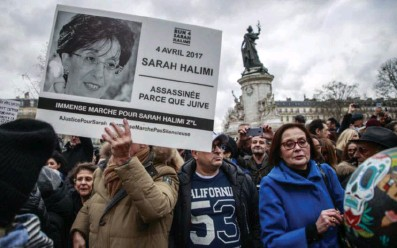 ?? Photo EPA ?? Une manifestation, place de la République, à Paris, en janvier 2020, pour exiger un « vrai » procès dans l'affaire Halimi.