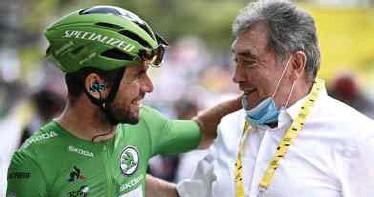 ?? FOTO AFP ?? Mark Cavendish en Eddy Merckx.