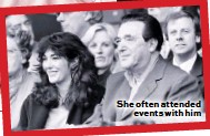 ??  ?? She often attended events with him
