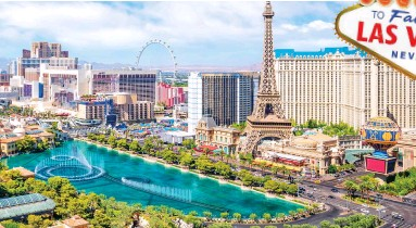 ??  ?? A bit of a gamble? Las Vegas is famous for its casinos — as well as its special weddings