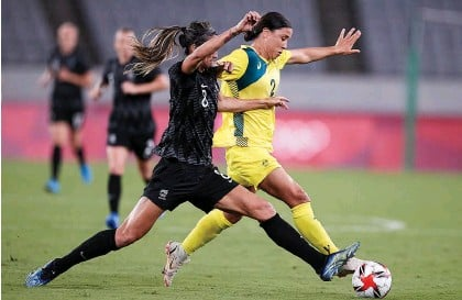 ?? Getty Images ?? Abby Erceg battles with Sam Kerr of Australia in the Football Ferns' opening loss.