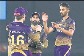 ?? BCCI ?? KKR'S Prasidh Krishna (right) bagged 3/30 to restrict Punjab Kings in Ahmedabad on Monday.