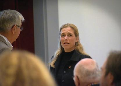??  ?? Kommundirektör Maria Vikingsson menar att kommunen vill hålla ihop informationen som går ut.