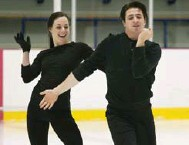 ?? GRAHAM HUGHES/THE CANADIAN PRESS ?? Canadian ice dancers Tessa Virtue and Scott Moir will have to overcome a second-place finish at the Grand Prix finals.