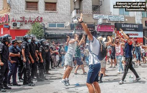 ??  ?? Vielerorts im Land gibt es derzeit heftige Proteste und Zusammenstöße.