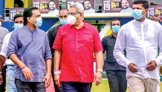 ??  ?? President Gotabaya Rajapaksa welcomed for a political rally of the National Freedom Front led by Minister Wimal Weerawansa.