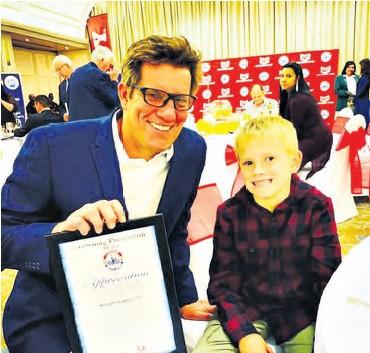??  ?? Kenneth Hodgson and his son Tyrone