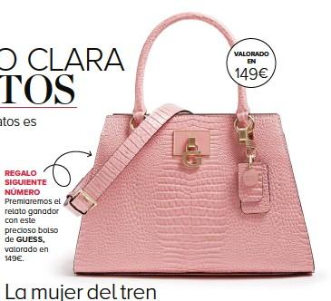 ??  ?? Premiaremos el relato ganador con este precioso bolso de GUESS, valorado en 149€.