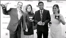 ??  ?? Sitel executives received the company's two Stevie Awards at the annual awards night held in Mira Hotel, Kowloon, Hong Kong. In photo are (from left) are Craig Reines, chief operating officer, APAC; Jamie Blocker, senior director for learning and...