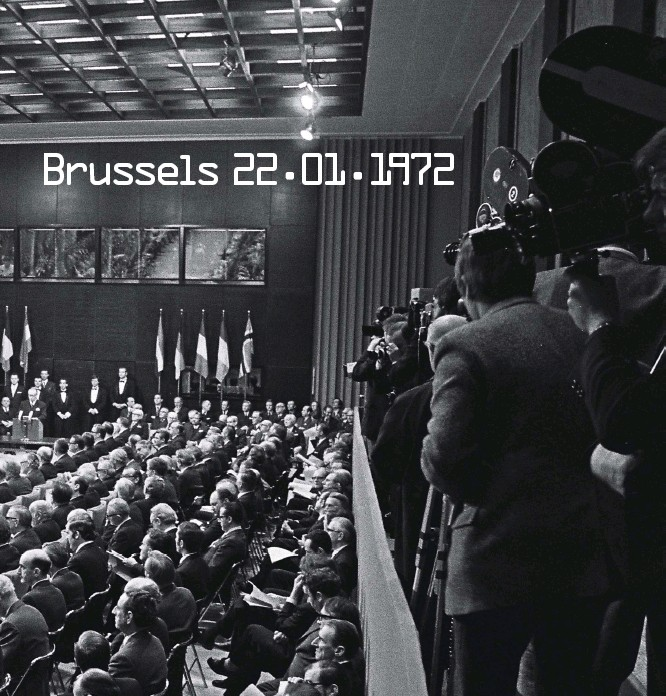 ??  ?? This spread: the Treaty of Accession to the European Union was signed in Brussels on 22 January 1972 by the United Kingdom, Ireland, Denmark and Norway. It came into force on 1 January 1973 for all except Norway (rejected by a referendum) Photo © European Union