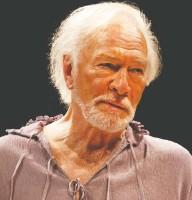 ?? DAVID HOU / STRATFORD FESTIVAL ?? Among Christopher Plummer's many Stratford Festival roles was Prospero in 2010's The Tempest.