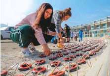 ??  ?? Following the event, 2,000 solar lanterns will be shipped to Indonesia and distributed among communities that have been affected by the recent earthquake and tsunami.