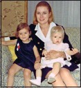 ??  ?? 'AUntIe': The Princess with goddaughter Grace Dale, right, and daughter Stephanie in 1968