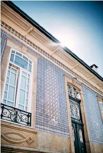 ??  ?? Ovar alberga azulejos históricos de diferentes técnicas, do século XVII à atualidade