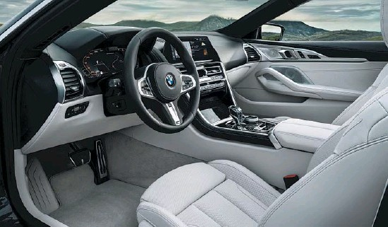 ?? Photo by Daniel Kraus ?? BMW's new 8 Series convertible is an elegant blend of style and technology