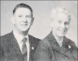 ??  ?? Te Awamutu couple Pat (left) and Paddy Stephens.