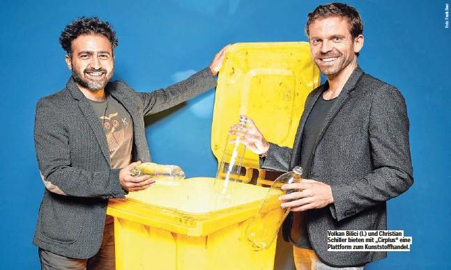 """??  ?? Volkan Bilici (l.) und Christian Schiller bieten mit """"Cirplus""""eine Plattform zum Kunststoffhandel."""