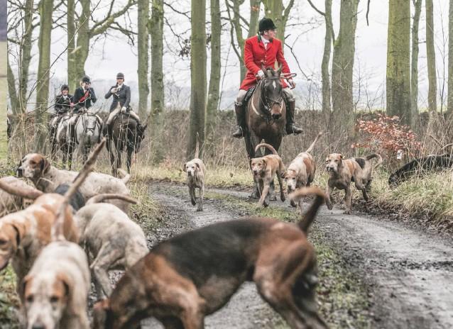 ??  ?? Huntsman Charlie Shirley-beavan MFH, who lifted his hounds with consummate skill