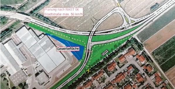 """??  ?? So sieht der """"Kamelbuckel""""im Osten der Stadt Höchstädt aus. Rund 5,5 Millionen Euro soll der Umbau, den das Staatliche Bauamt Krumbach übernimmt, kosten. Der Bau soll 2024 umgesetzt werden. Kernumbau: Die Achse des Hauptverkehrs rückt von der Bebauung ab und es soll ein durchgängiger Verkehrsfluss aus Richtung Donauwörth erfolgen."""