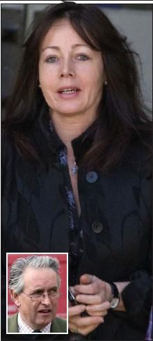 ??  ?? Ex-wife: Elaine Grossart and inset, ex-husband Hamish