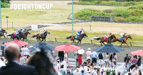 ?? PHOTOS: JONATHAN EVANS ?? The Deighton Cup brings out interesting, engaging people eager to enjoy a good old fashioned day at the races.