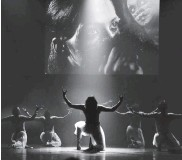 ??  ?? Contemporary dance forms