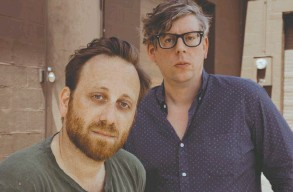 ??  ?? Dan Auerbach, left, and Patrick Carney went from playing for crowds of 5,000 to venues packed with 15,000 fans in one year.
