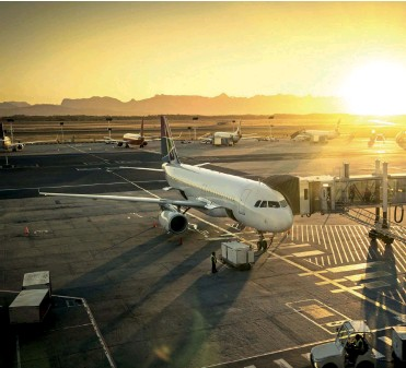 ??  ?? IATA reports that overall industry revenues is forecasted to reach $885bn over 2019.