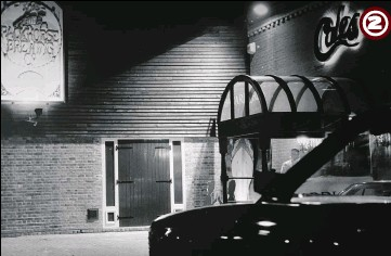 ??  ?? 2