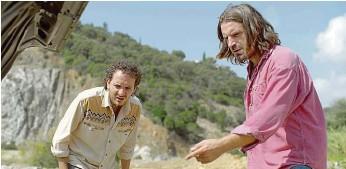 ?? FOTO FILM EUROPE ?? Překvapení. Jean-Gab (David Marsais) a Manu (Grégoire Ludig) na prahu nečekaného dobrodružství.