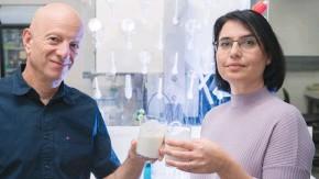 ?? (Dani Machlis ) ?? PROF. RAZ JELINEK and Orit Malka with their unique probiotic yogurt at Ben-Gurion University laboratory.