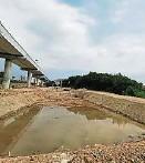 """??  ?? 为解决谢凤园""""逢雨必灾""""问题,市议会已展开兴建2大防洪池工程,预料于3月竣工。"""
