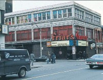 ?? CITY OF TORONTO ARCHIVES ?? Exterior of Friar's Tavern in the early 1970s.
