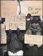 ??  ?? Une manifestation d'étudiants devant Sciences po Strasbourg, le 12 février.