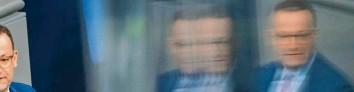 ?? Foto: Christian Spicker, Imago Images ?? In der Corona‰Krise hat Gesundheitsminister Jens Spahn viele Wähler überzeugt.