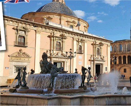 ??  ?? CENTRE Attractive Spanish towns and cities