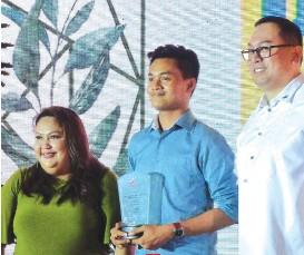 ??  ?? Media partner - Sunstar Davao's Ace June Rell Perez